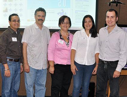 Desde la izquierda Iván Arroyo, Eduardo Díaz, Jeanette Delgado, Sandra Vega y James Lynn.