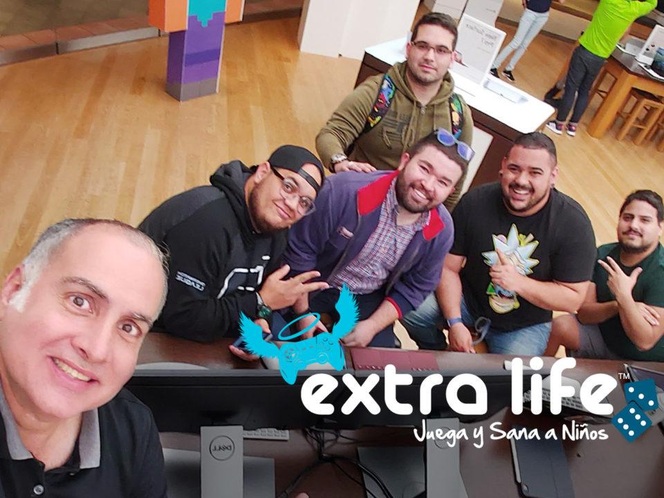 Grupo de participantes del maratón de 24 horas de gaming de Extra Life