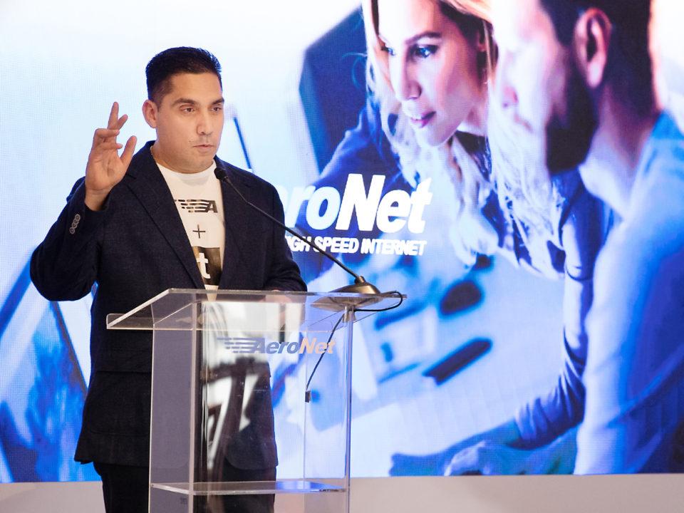Gino Villarini presidente de Aeronet